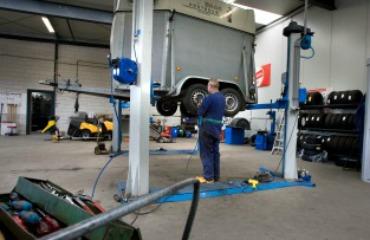 Reparatie en onderhoud van trailers en aanhangwagens